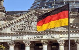 ثقة الإقتصاد الألماني تسجل هبوطا حادا إلى 101.8 نقطة في يونيو