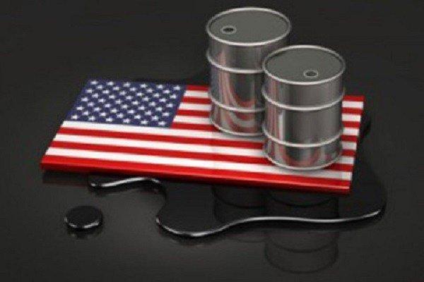 النفط الخام ينخفض بعد ارتفاع منصات التنقيب الأمريكية