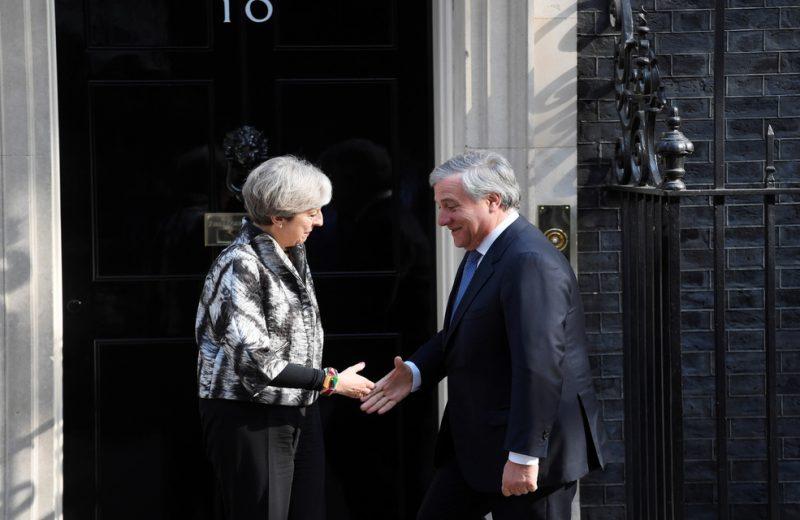 رئيس البرلمان الاوروبي يرحب ببقاء بريطانيا ان تراجعت عن قرار خروجها