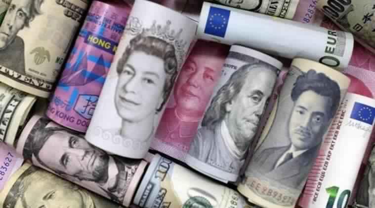 انخفاض الدولار مع تباطؤ اتفاق التجارة والاسترليني يترقب اجتماع بنك إنجلترا