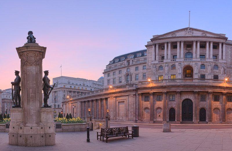 بنك إنجلترا يعتمد على رهانات خفض سعر السوق مع اقتراب البريكست