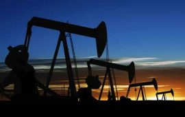 نايمكس يرتفع فوق مستوى 50 دولار بدعم من ارتفاع الطلب العالمي على النفط