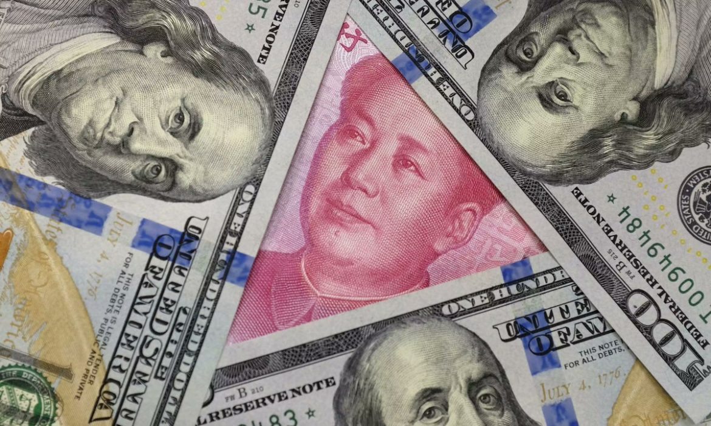 الدولار ينخفض لأدنى مستوياته منذ 2015 مقابل اليوان الصيني