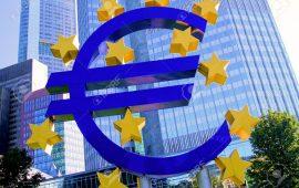 ماذا يقول المحللون عن تباطؤ نمو إقتصاد منطقة اليورو خلال أكتوبر ؟