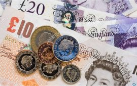 الاسترليني يسجل ارتفاعا طفيفا في انتظار بيانات سوق العمل البريطاني
