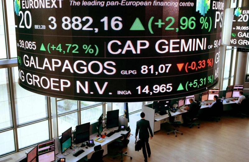 الأسهم الأوروبية تتراجع وسط ترقب تطورات البريكست