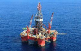 النفط الخام يسجل ارتفاعا هاما وسط التحركات السياسية في السعودية