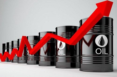 أسعار النفط تنتعش بدعم بيانات المخزونات الأمريكية