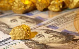 الدولار يتراجع والذهب يرتفع قبيل الإعلان عن المحافظ الجديد للمجلس الاحتياطي الفدرالي