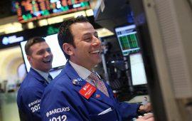 الأسهم الأمريكية تفتتح مرتفعة مع صعود قطاع الطاقة