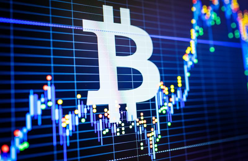 سوق العملات الرقمية يربح 13 مليار دولار مع قفزة البيتكوين
