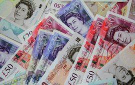 الاسترليني يواصل انخفاضه بعد صدور بيانات مخيبة للآمال عن الإقتصاد البريطاني