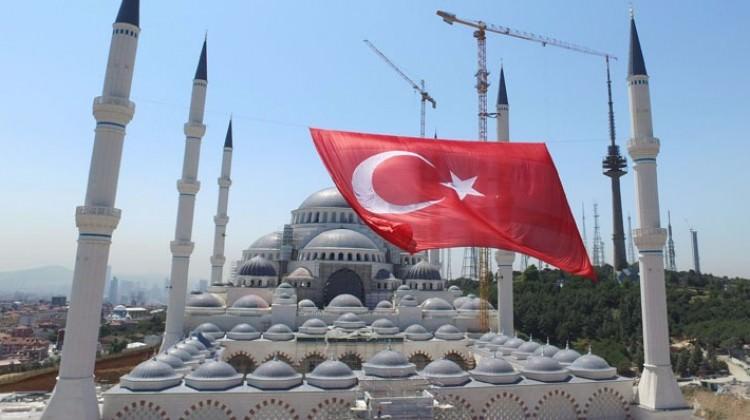 أردوغان يصرح بأن الإقتصاد التركي سيحقق نموا بنحو 7.5% خلال عام 2017