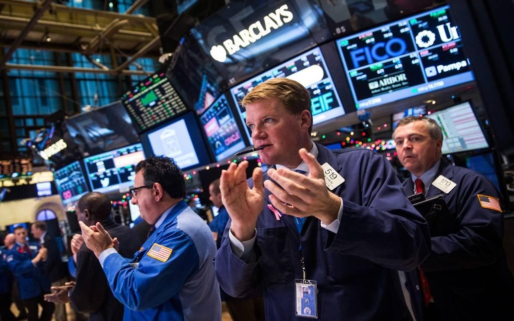 الأسهم الأمريكية ترتفع مع بداية التعاملات بعد خسائرها الحادة بالأمس