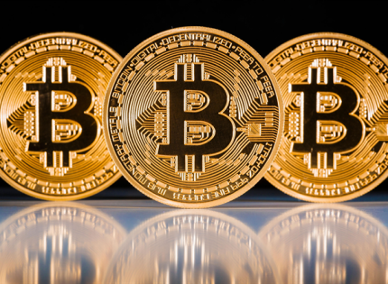 البيتكوين ترتفع فوق 11500 دولار لأول مرة منذ شهر وسط تراجع العملات الإلكترونية