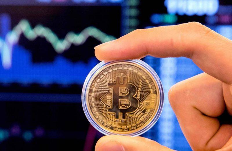 المركزي القطري يحذر من تداول البيتكوين وكذلك العملات المشفرة الأخرى
