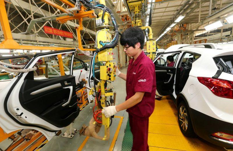 الإنتاج الصناعي الصيني يسجل أبطأ وتيرة نمو في 7 أشهر بنحو 6% خلال مارس