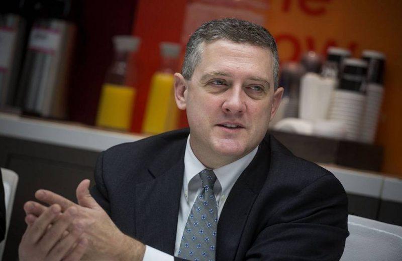 عضو بالفيدرالي يحذر البنوك المركزية من تسريع عملية رفع الفائدة