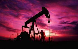 أسعار النفط ترتفع مع التفاؤل بالأوضاع التجارية العالمية