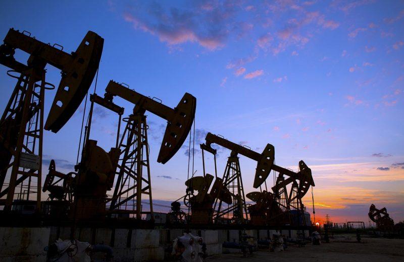 أسعار النفط تحقق مكاسب هامة مع تصاعد التوترات بين الولايات المتحدة وإيران