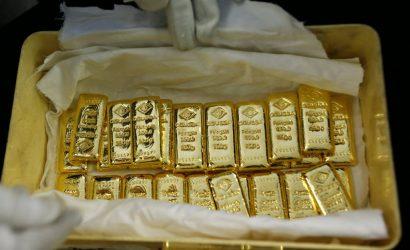 الذهب يتراجع وسط عمليات جني أرباح ومخاوف التباطؤ تدعمه