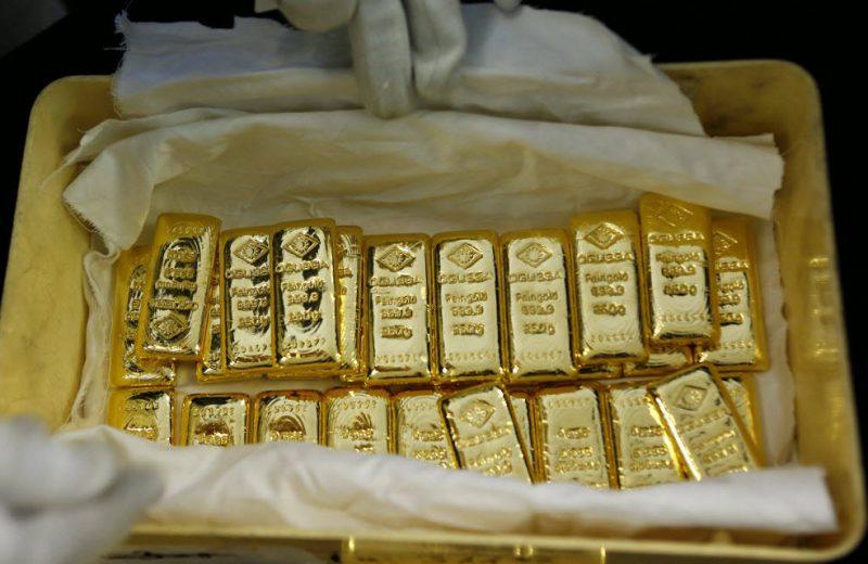 الذهب يرتفع فوق 1450 دولار بدعم من تصاعد التوترات في إيران