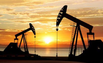 زيادة المخزونات الأميركية تضغط على أسعار النفط اليوم