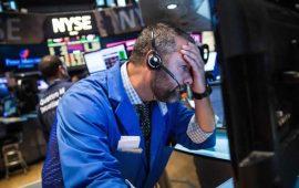 الأسهم الأمريكية تفتتح منخفضة بسبب تجدد التوترات التجارية