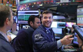 الأسهم الأمريكية تواصل مكاسبها للجلسة الرابعة مدعومة بصدور نتائج أعمال الشركات