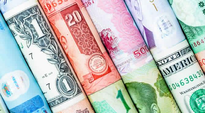 عملات الأسواق الناشئة تسجل هبوطا حادا بضغط من قوة الدولار الأمريكي