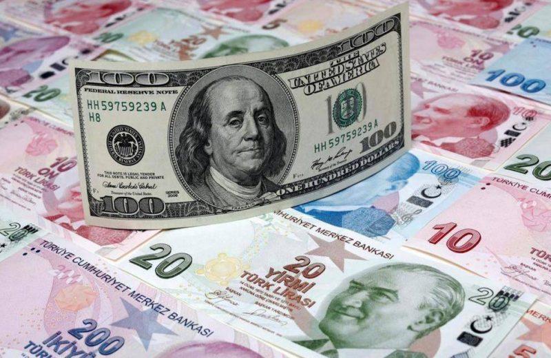 العملة التركية تقفز بنسبة 1% مع آمال بتأجيل تسلم أنقرة منظومة S-400