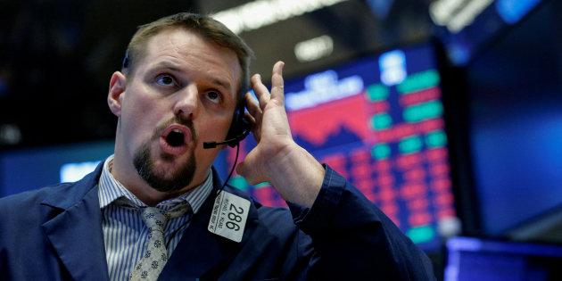 بورصة نيويورك تسجل هبوطا حادا بعد أن رفضت المفوضية الأوروبية مقترح الموازنة الإيطالية
