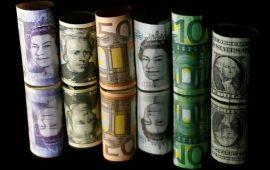 الاسترليني يتراجع نحو أدنى مستوى في 10 أشهر مع استقرار معدل التضخم البريطاني