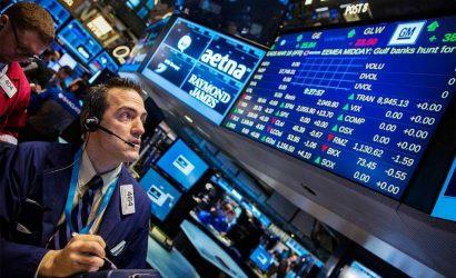الأسهم الأمريكية تكافح للحفاظ على مكاسبها مع مراقبة التطورات التجارية
