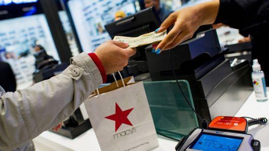مؤشر الدولار يعزز مكاسبه مع ارتفاع التضخم الاستهلاكي في شهر نوفمبر