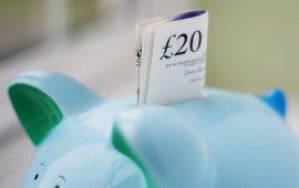 هل سيساهم تباطؤ التضخم البريطاني إلى 2.4% في تخفيف الضغط على الدخل الفردي ؟