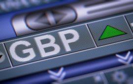الاسترليني يقفز فوق 1.31 دولار في انتظار تطورات محادثات البريكست