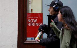 الشكاوي من البطالة الأمريكية تنخفض إلى 214 ألف طلب مع بداية شهر نوفمبر
