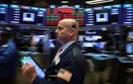 الأسهم الأمريكية تفتتح منخفضة بضغط من تباطؤ النمو الصيني