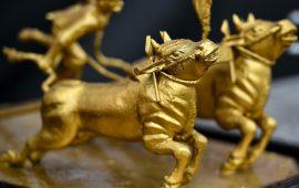 ثيران الذهب تعود للساحة مع توقعات بخفض وتيرة التشديد النقدي الأمريكي