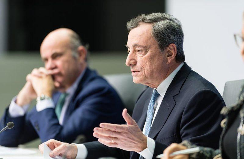 الأسهم الأوروبية تنتعش بعد أن وعد دراجي بمزيد من التحفيز النقدي