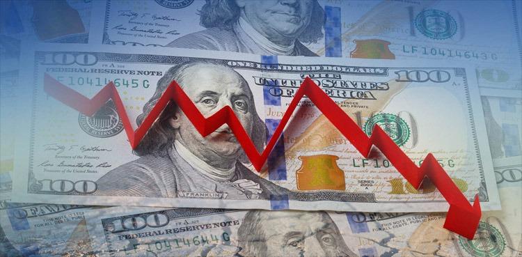 الدولار الأمريكي ينخفض مع توقعات بإنهاء النزاع التجاري
