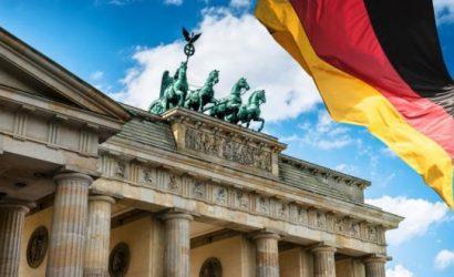 اليورو يواصل انخفاضه مع استقرار التضخم الألماني
