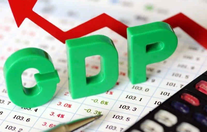 الدولار يرتفع مع استقرار الناتج المحلي الإجمالي عند 3.1 ٪ في الربع الأول