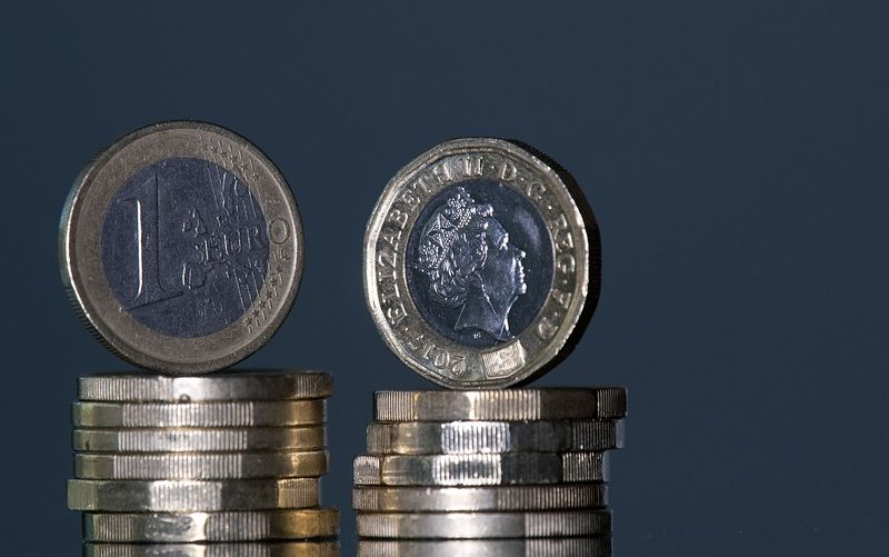 الأصول الأوروبية تحت الضغط مع تزايد المخاوف بشأن صحة الاقتصاد الأوروبي
