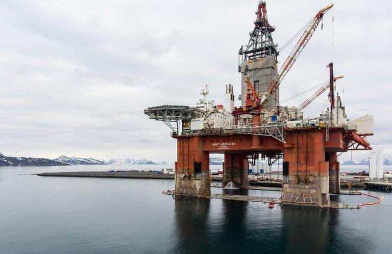 أسعار النفط اليوم متباينة وسط مخاوف من تصاعد الحرب التجارية