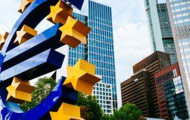 البنك المركزي الأوروبي يحذر من تزايد المخاطر السلبية على اقتصاد منطقة اليورو