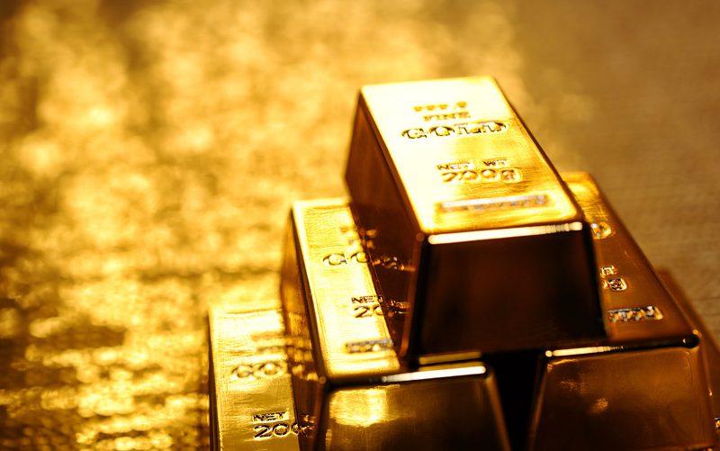 الذهب مرتفع في الوقت الذي يقيّم فيه المستثمرون التطورات التجارية