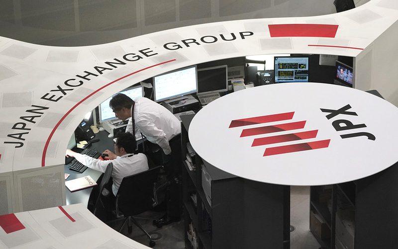 الأسواق الآسيوية تتراجع بعد هبوط حاد لبورصة وول ستريت وسط مخاوف من الحرب التجارية