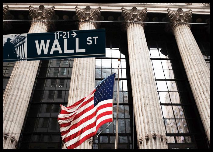 الأسهم الأمريكية تتعافى من خسائرها مع توقف عمليات البيع التي نتجت عن التوترات التجارية